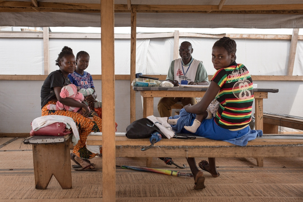 La clinica di MSF a Mpoko, il più grande campo di sfollati interni a Bangui