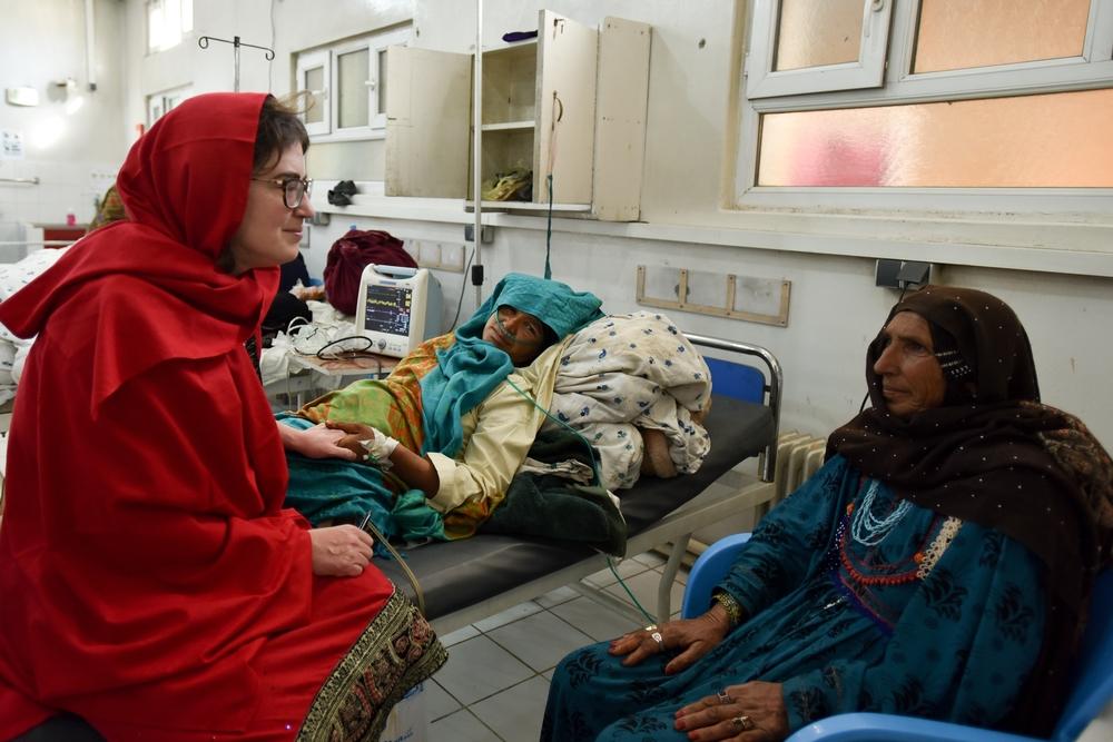 La Dott.ssa Severine Caluwaerts, ginecologa di MSF nell'ospedale di maternità di Khost.