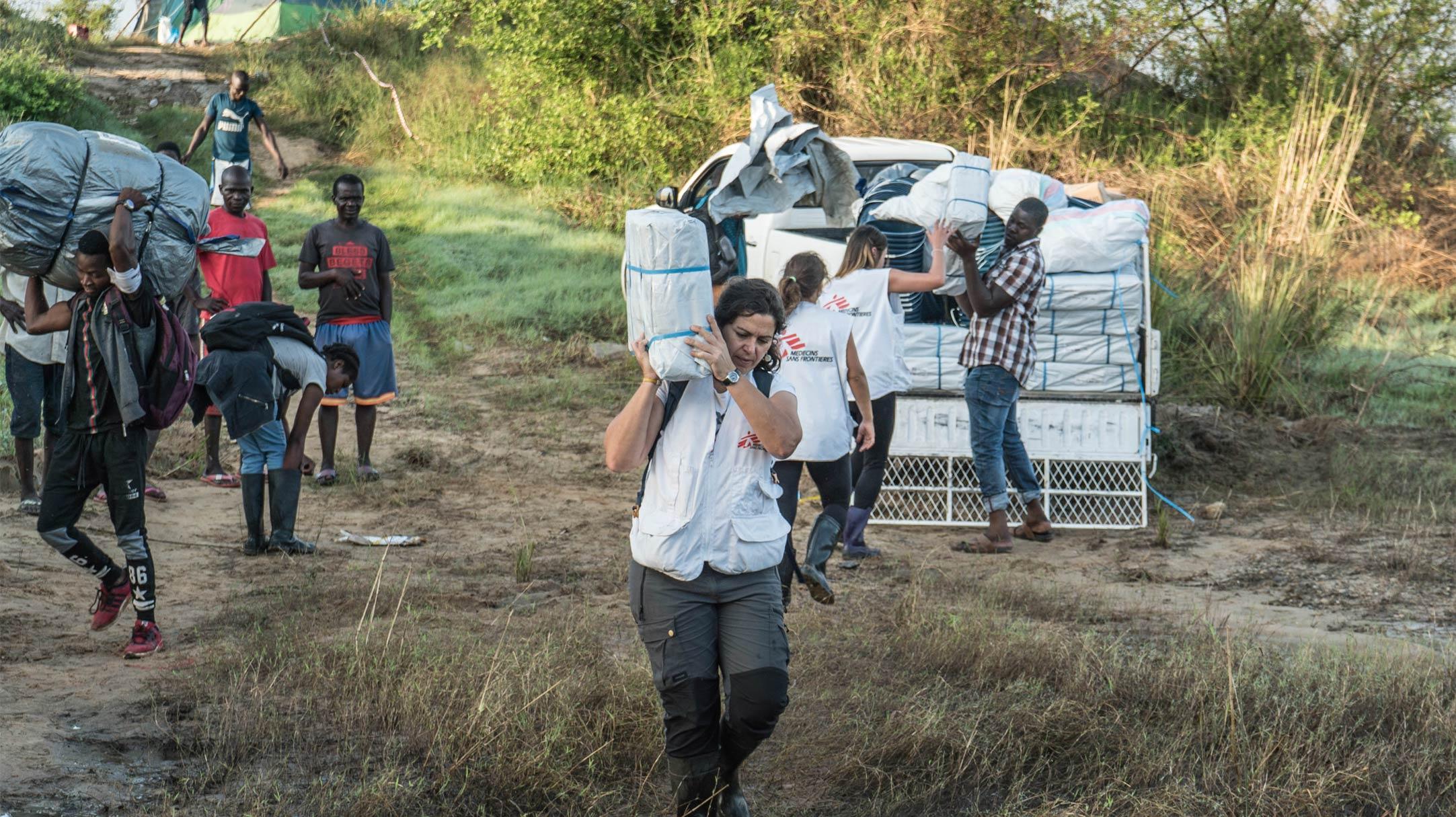 Cure durante il ciclone il Mozambico nel 2019