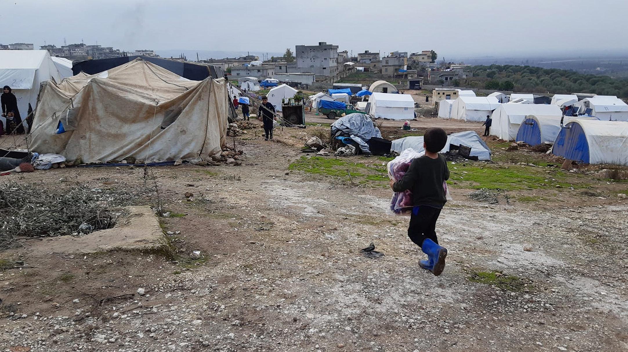 Siria: migliaia di sfollati in condizioni critiiche al freddo